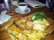 Fantastic 'Welsh Rarebit' @themooringsbistro Borth-Y-Gest